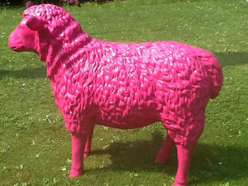 Deko Kunst Schaf pink