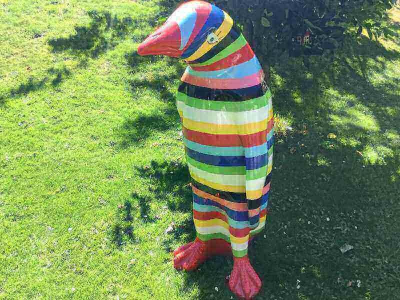 Deko Pinguin nach Farbwunsch des Kunden