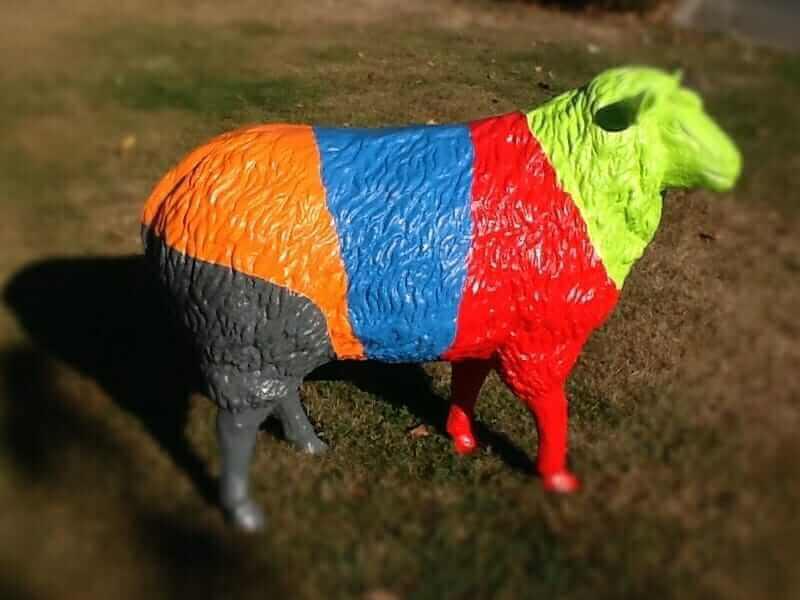Schaf nach Farbenwunsch des Kunden