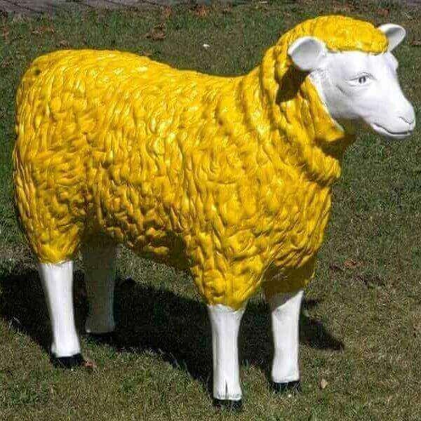 Deko Schaf in Gelb