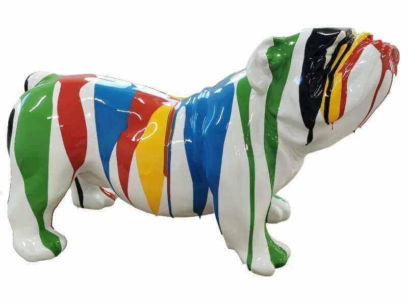 Kleine Bulldogge kreativ weiss